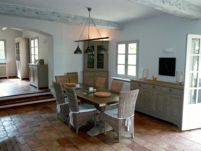House Bonnieux